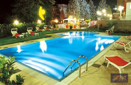 Gallery hotel boomerang tabiano terme offerte last minute e pacchetti benessere - Hotel con piscine termali all aperto ...